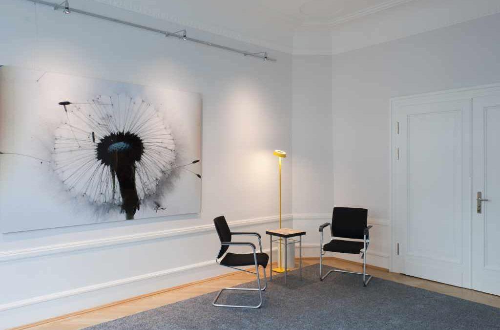 Immobiliensuche und Inneneinrichtung eines Büros