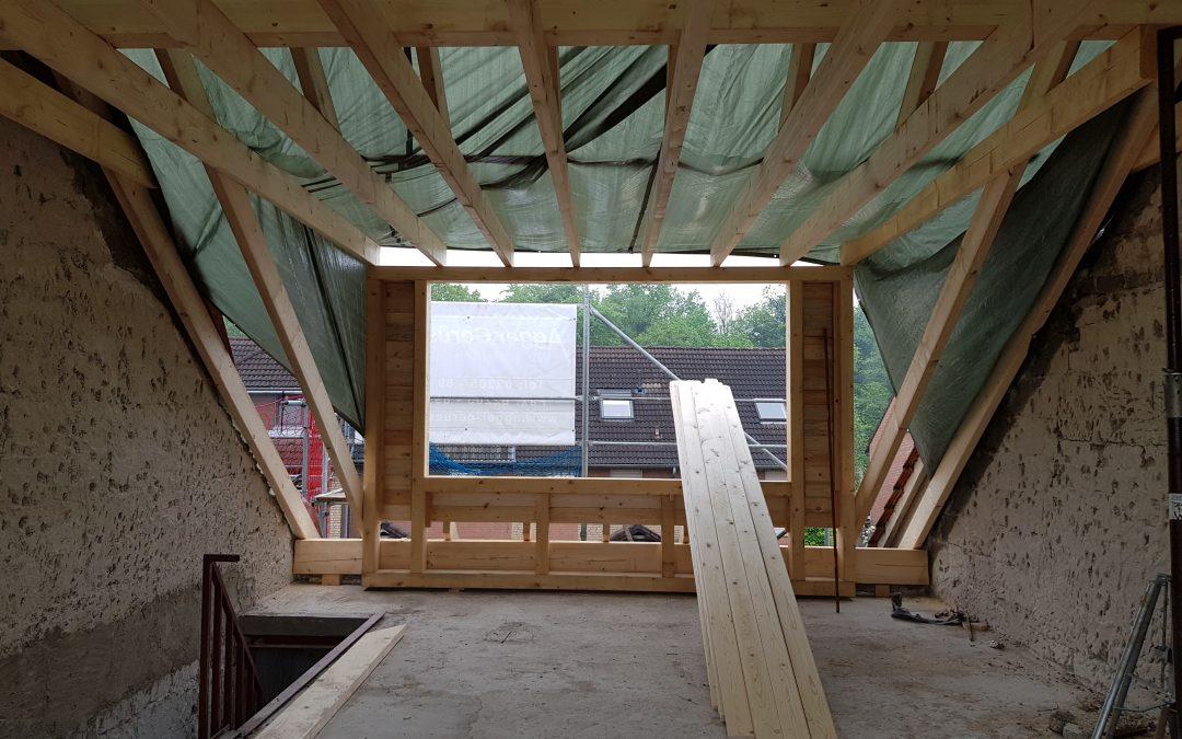Umbau Einfamilienhaus und Ausbau Dachgeschoss